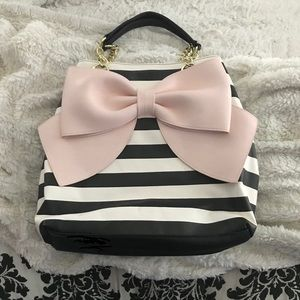 Betsey Johnson Pink Bow stripe tote 🎀